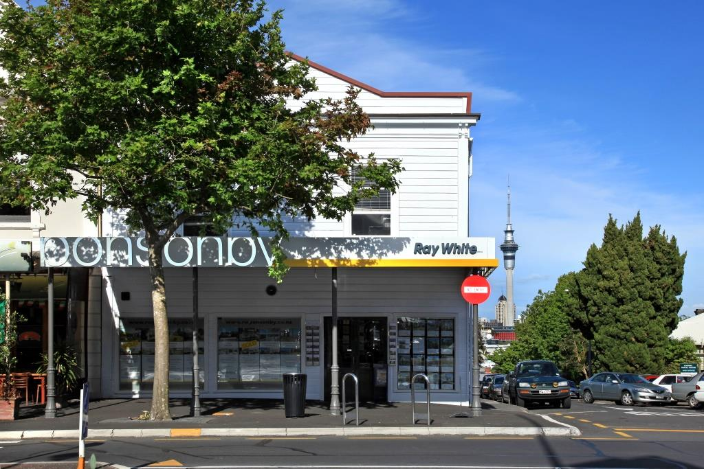 GoodFor on the corner of Ponsonby Road and Williamson Avenue.